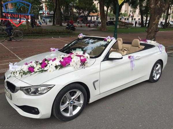 thuê xe hoa mui trần