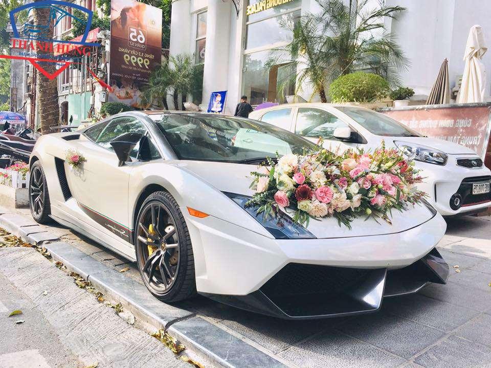 Bảng giá cho thuê xe hoa đám cưới TPHCM