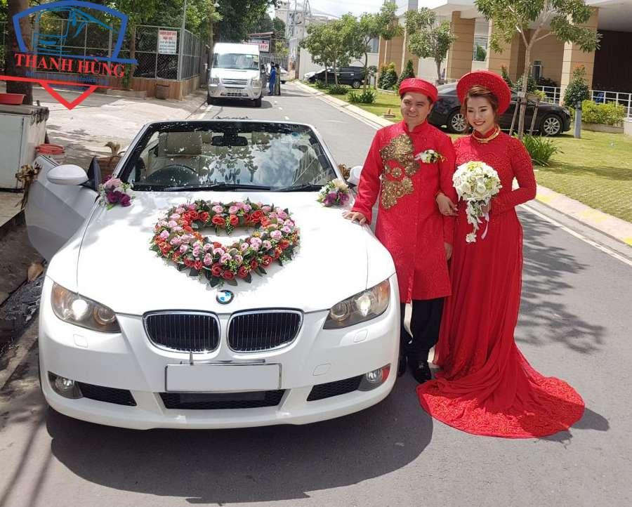 giá thuê xe hoa ngày cưới