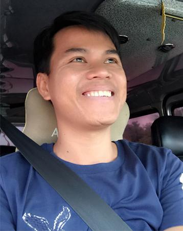 Tác giả Nguyễn Hùng