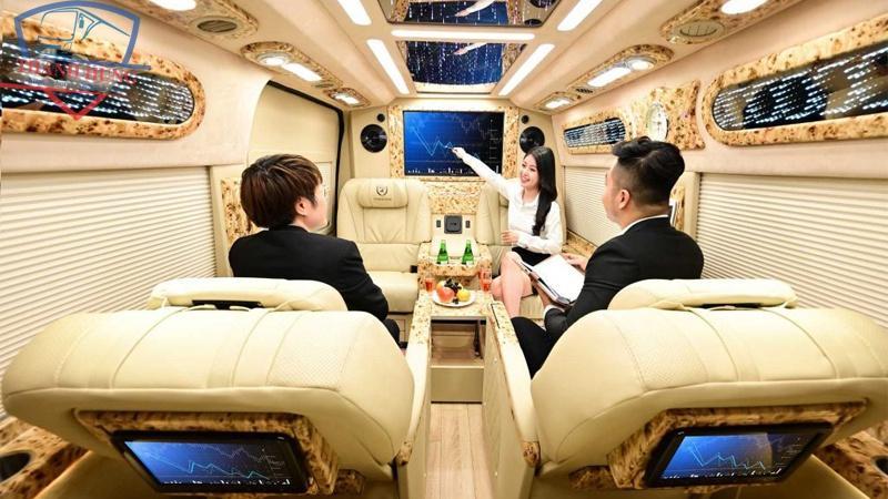 thue xe 9 limousine gia re