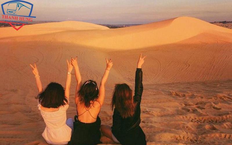 Check in đồi cát bay