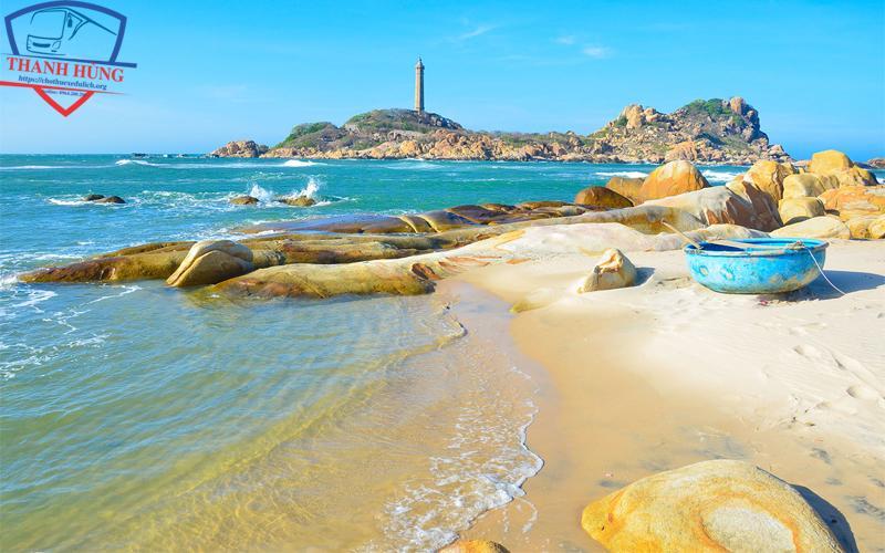 Tắm biển tại Mũi Kê Gà