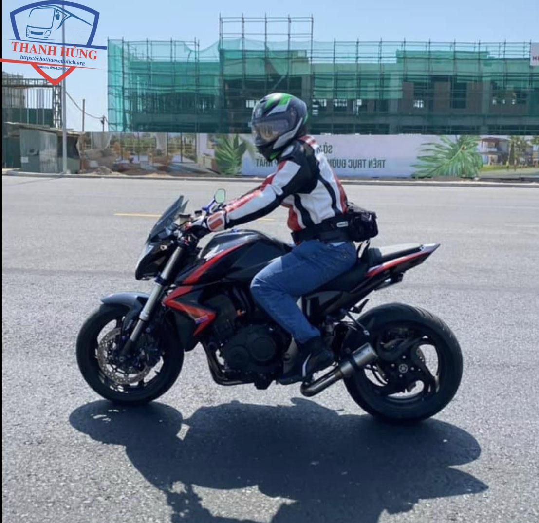 Thuê xe mô tô