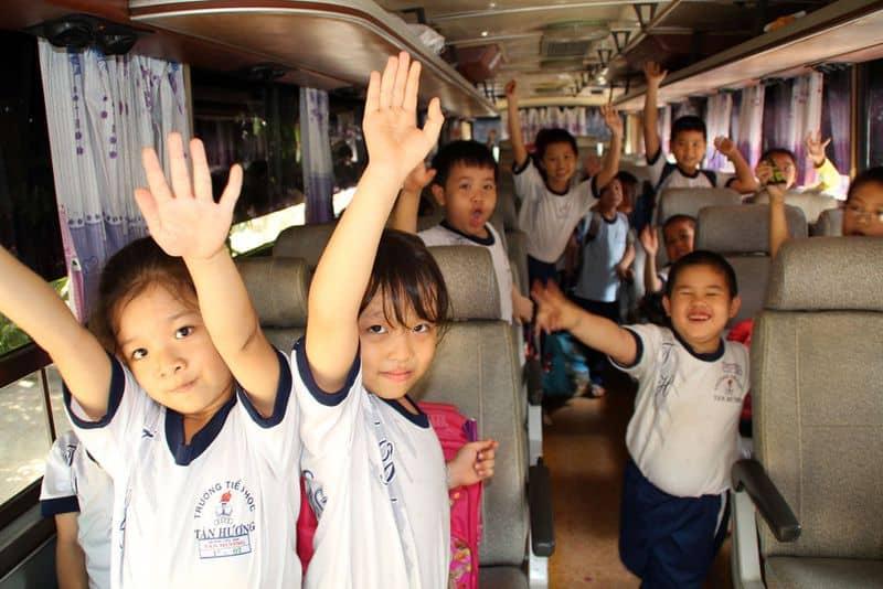 Kinh doanh xe đưa đón học sinh