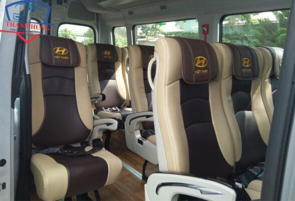 Xe khách Hyundai 16 chỗ