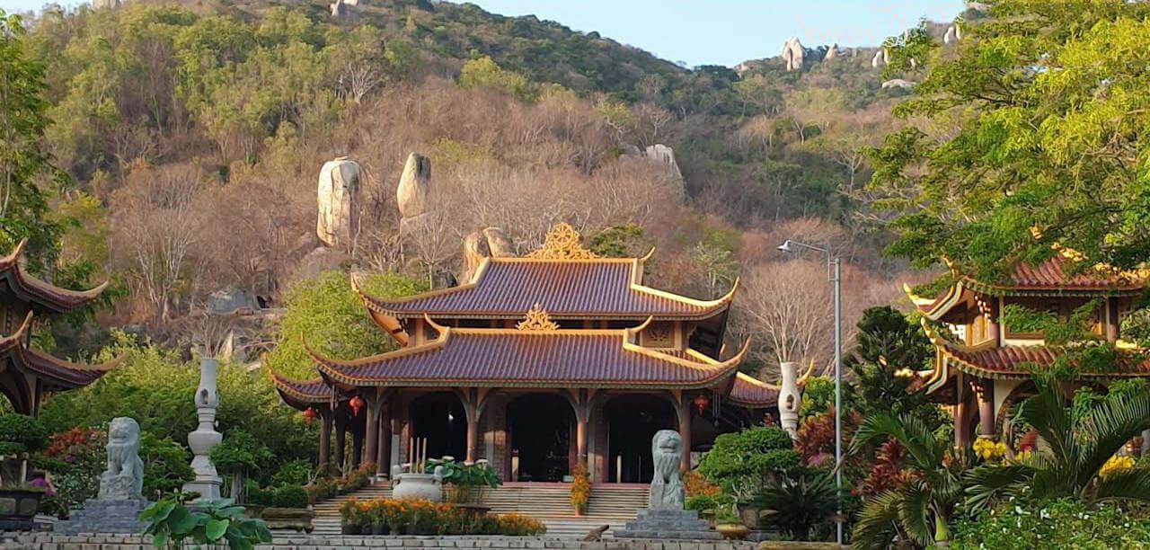 Thiền viện Trúc Lâm Chân Nguyên ngội chùa ở vũng tàu
