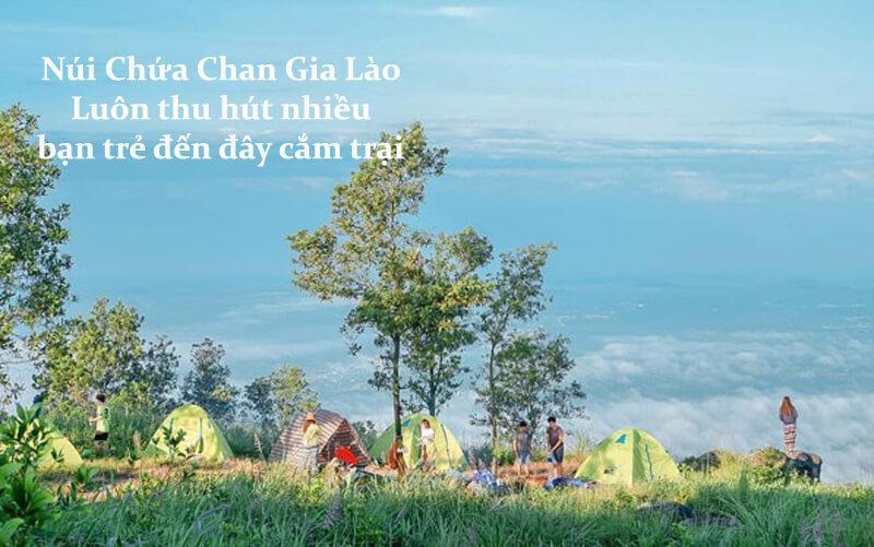 cắm trại ở núi chứa chan